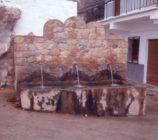 Alpujarra de la Sierra 035 PILAR DE LOS TRES CAÑOS